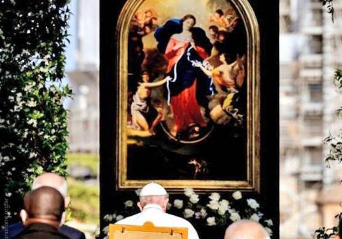 El Papa concluyó la 'maratón de oración' pidiendo el fin de la pandemia